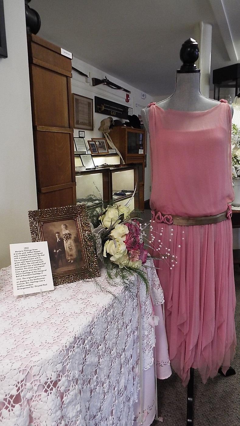 Marjorie Hastings gown-Crystal Paul Flowers
